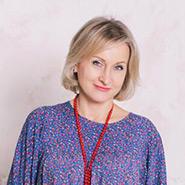 Antonina Tolstaya <i>Leading mentor</i>